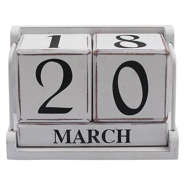 Calendar of wood with blocks - White