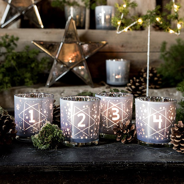 Majas Candle Holders Advent - White