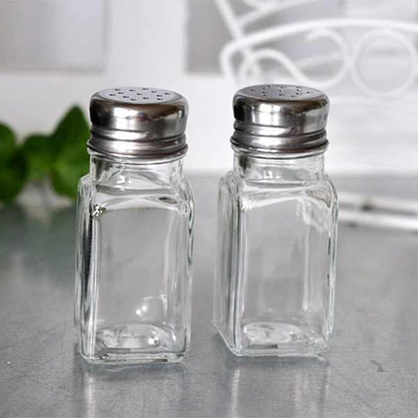 Salt & Pepper Set in glass
