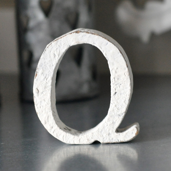 Small Wooden Letter Q - White
