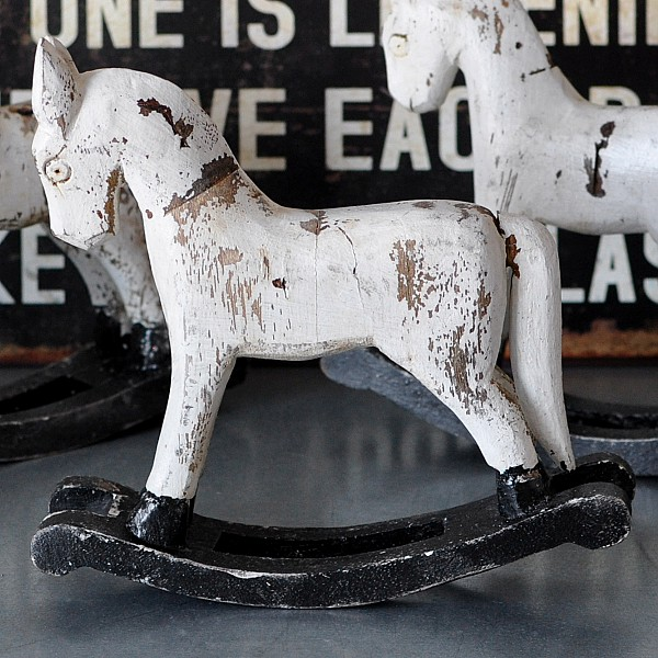 Rocking Horse TROJA XS - White
