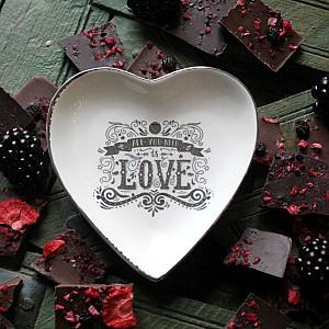 Majas Heartshaped Plate Love