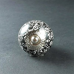 Porcelain Knob Black with white flowers