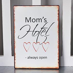 Emaljskylt Mom's Hotel