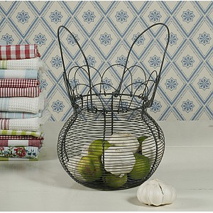 Egg Basket / Wire Basket with nice edge